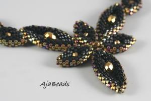 Elfka - černá - náhrdelník