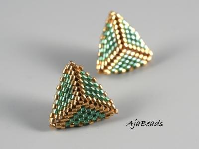 Trojuhelniky listy zelene nausnice 2.jpg
