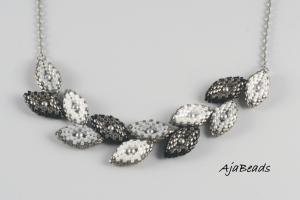 Vavřín - náhrdelník - černá-bílá-šedá
